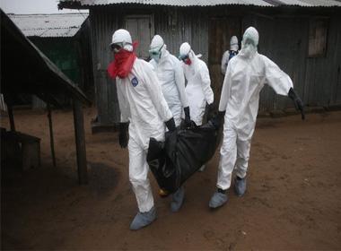 Nhân viên y tế nhiễm Ebola dần phục hồi ở Liberia