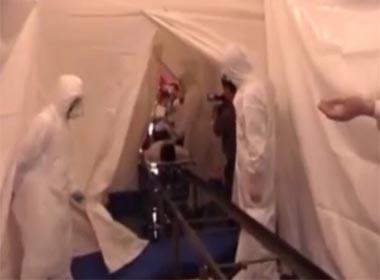 Video hai người Nigeria nhập cảnh Việt Nam bị sốt, đang bị cách ly như thế nào?