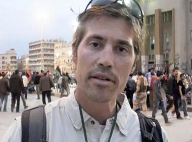 Chiến trường qua ống kính của nhà báo bị hành quyết