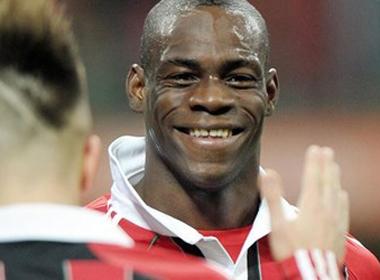 Chi 20 triệu euro, Liverpool đưa Balotelli trở lại nước Anh