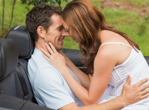 8 địa điểm nguy hiểm không nên 'làm chuyện vợ chồng'
