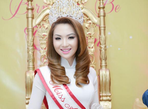 Miss Asian America 2014 Jennifer Chung ăn mừng hoành tráng tại Mỹ