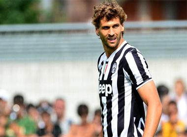 Valencia theo đuổi 'siêu mẫu' của Juventus