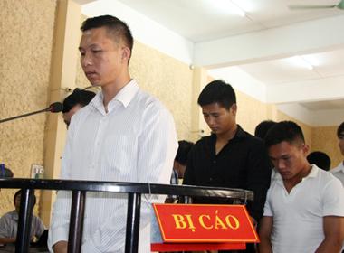 Thủ môn Nguyễn Mạnh Dũng được giảm án vì 'tố cáo' vụ tiêu cực
