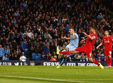 Man City – Liverpool: Tử huyệt hàng thủ