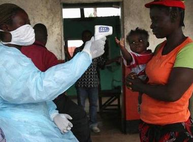 Bác sĩ nhiễm Ebola vẫn tử vong dù đã tiêm 'thần dược'