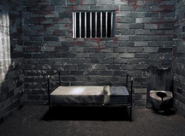 Xin được vào tù thay vì ở với vợ