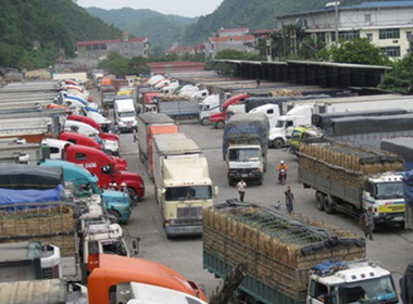 Biển Đông căng thẳng, thương mại Việt - Trung vẫn tăng