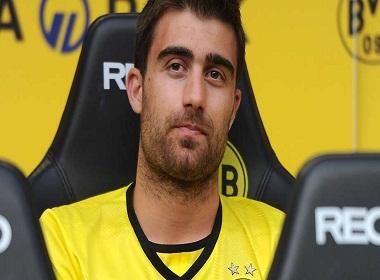 Dortmund từ chối bán Sokratis cho Arsenal