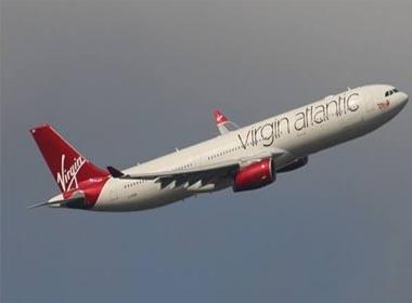 Máy bay buộc hạ cánh khẩn cấp vì những lý do 'khó đỡ'