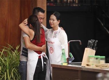 Đôi vợ chồng duy nhất 'Vua đầu bếp': Kẻ ở, người đi