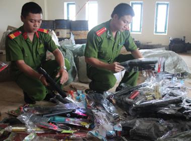 Thu giữ hàng nghìn đồ chơi trẻ em nguy hiểm bị cấm dịp Trung thu