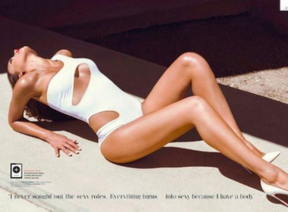 Jessica Alba gợi cảm trong những bức hình thời trang