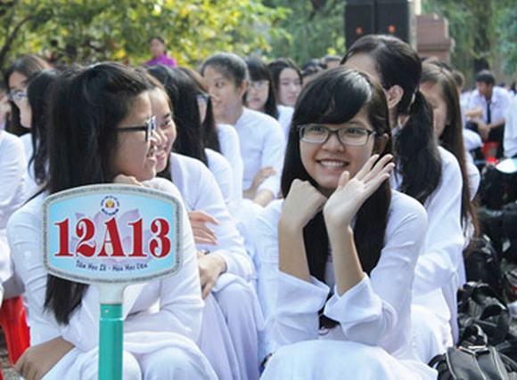 Học sinh TP.HCM rạng rỡ ngày khai giảng năm học mới