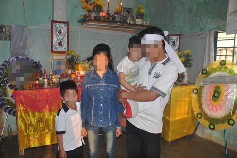 Phận đời 4 đứa trẻ mồ côi thay nhau lo hương khói cho cha mẹ