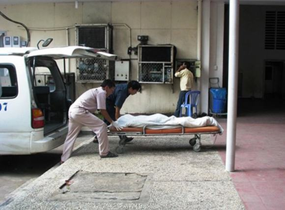 Những người bảo quản xác chết - Kỳ 1: Đêm trong nhà xác