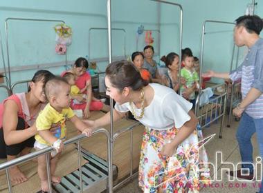 Bảo Trâm Idol mang âm nhạc đến bệnh viện trong tết trung thu