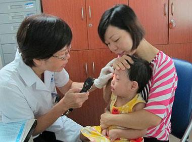 Đau mắt đỏ - bệnh thường gặp trong mùa hè