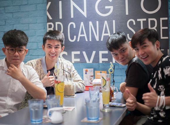 Stylist Tú Trung, Chí Thành, Nam Hee rong chơi cùng hotboy Thái
