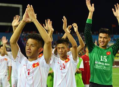 Cải cách bóng đá Việt: Muộn còn hơn không làm?