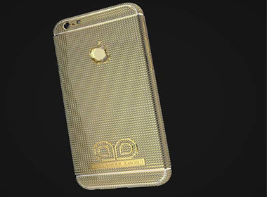 iPhone 6 đính hơn 6000 viên kim cương giá khủng