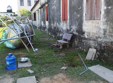 Kể lại vụ sập bồn nước 2 học sinh tiểu học chết tức tưởi trong sân trường