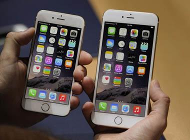 Đơn đặt hàng bộ đôi iPhone 6 cán mốc 4 triệu