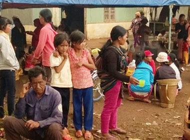 114 người ngộ độc thực phẩm sau khi ăn ở đám tang