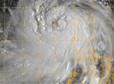 Bão số 3 Kalmaegi: Vùng ảnh hưởng nhìn từ vệ tinh sáng 16/9/2014
