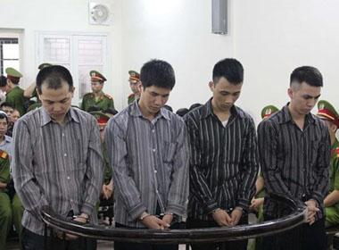 Hà Nội: Đang xét xử vụ 4 công an dùng nhục hình đánh chết người ở Đông Anh