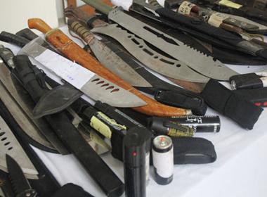 Choáng khi xem kho vũ khí do Cảnh sát 141 Hà Nội thu giữ