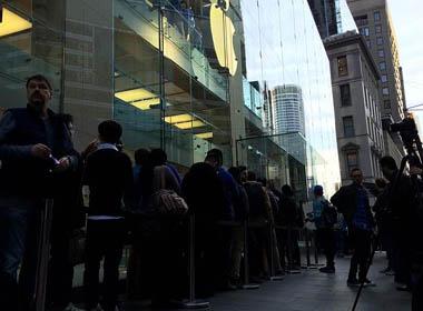 Chính thức mở bán iPhone 6: 40h xếp hàng để có chiếc iPhone 6 đầu tiên