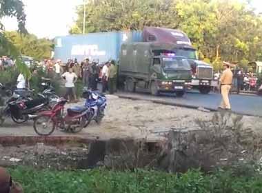 Clip hàng trăm cảnh sát đấu súng với giang hồ ở Bình Thuận
