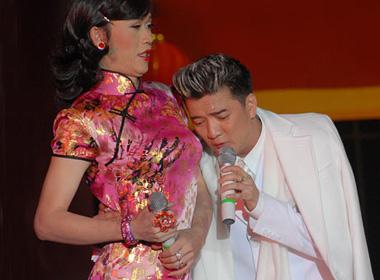 Đàm Vĩnh Hưng: 'Tôi phải có trách nhiệm với gia đình Hoài Linh'
