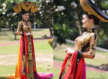 Hoa hậu Quốc tế 2014: Cận cảnh Cao Thùy Linh diện Quốc phục