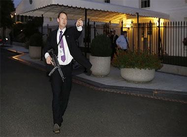 Mật vụ Mỹ bẽ mặt vì kẻ đột nhập Nhà Trắng