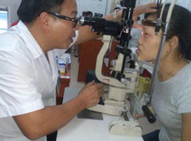 Hà Nội đã có hơn 4.000 người mắc bệnh đau mắt đỏ