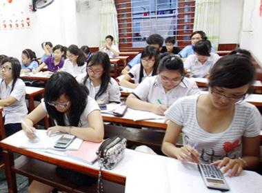 Học sinh 'ngụp lặn' vì học thêm