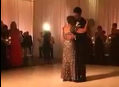 Cảm động câu chuyện mẹ bị ung thư khiêu vũ với con trai trước khi qua đời