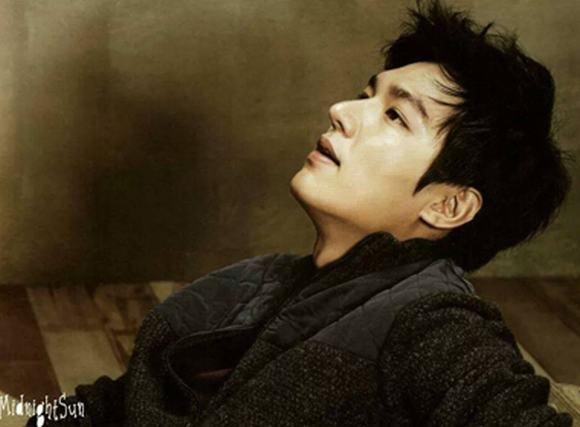 Lee Min Ho 'gây mê' mọi ánh nhìn với vẻ ngoài hào hoa