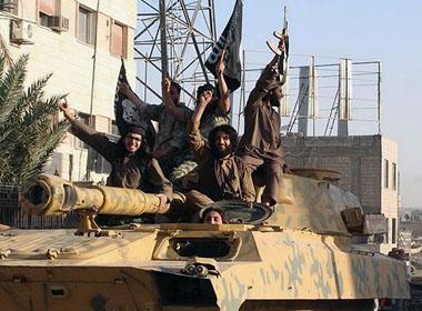 IS cho chiến binh cưỡng hiếp hàng ngàn phụ nữ
