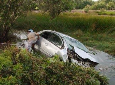 Giấc mơ dang dở của vợ chồng bác sĩ tử nạn trên ô tô