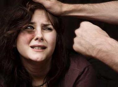 Suýt mất mạng vì không chịu chiều chồng