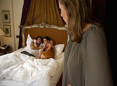 Chuyện kể lúc 0h: Vợ năn nỉ giúp bạn có con