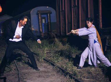 'Hiệp sĩ mù' bất ngờ trở thành hiện tượng trên rạp chiếu phim toàn quốc