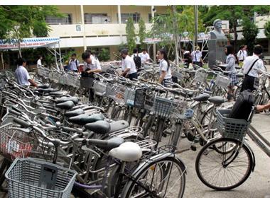 Ngôi trường có 80% học sinh đi xe đạp
