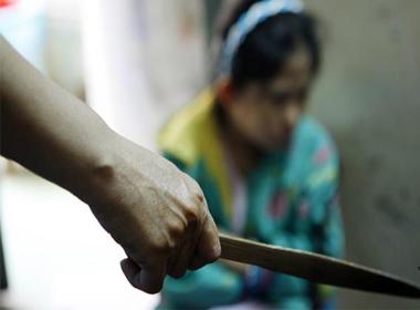 Lời tâm sự của người vợ bị chồng lạnh lùng dùng dao cắt vùng kín