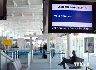 Air France khiến 1.400 hành khách Vietnam Airlines bị ảnh hưởng