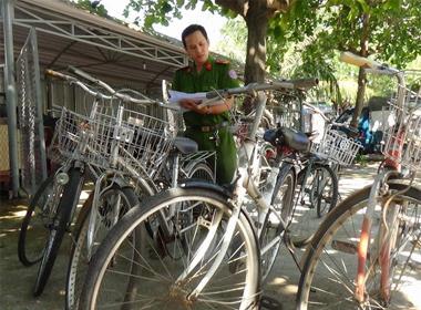 Siêu trộm Phú Yên phải hầu hai toà án trong một ngày