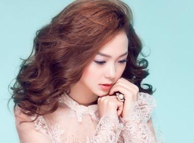 Minh Hằng 'đốn tim' fan khi làm người mẫu thời trang